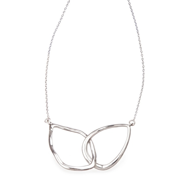 Chloe + Isabel Jewelry - Chloe + Isabel Interlocking Teardrop Necklace